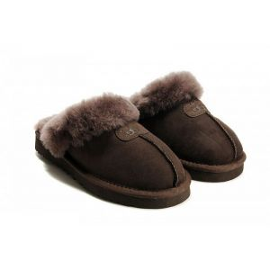 UGG Slipper Chocolate